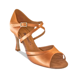 Los zapatos para los bailes latinoamericanos el modelo 1002.